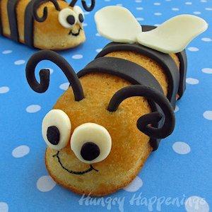 Make a Hostess Twinkie Bumble Bee Treats