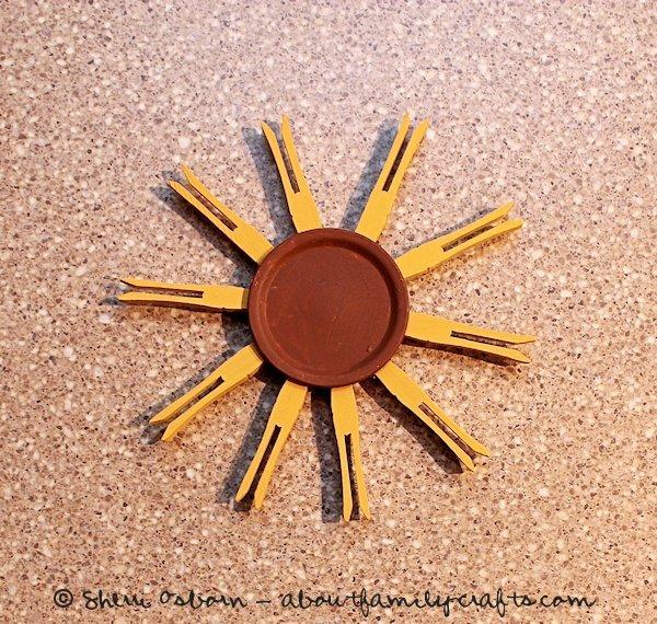 glue the clothespin sunflower petals