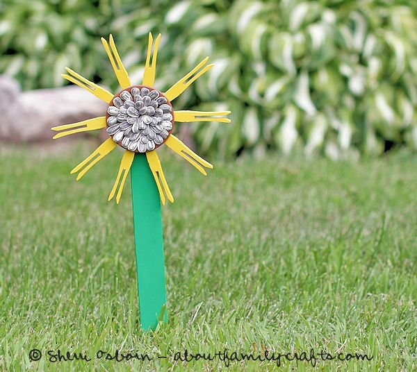 Clothespin Sunflower Craft