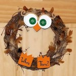 owl wreath 250