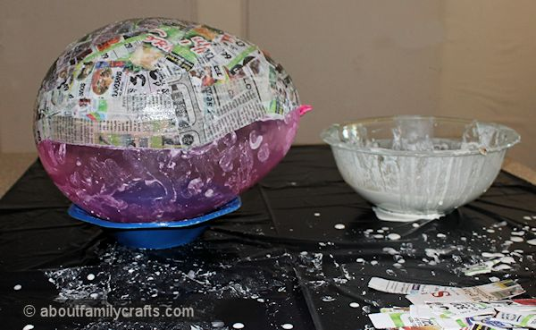 Paper mache patchwork turtle about family crafts for Best way to paper mache a balloon