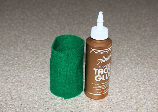 glue felt to toilet paper roll groundhog hole