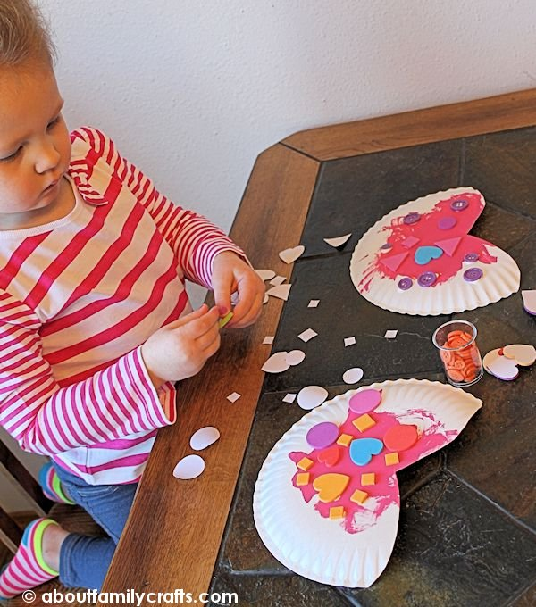 Decorate the Paper Plate Hearts