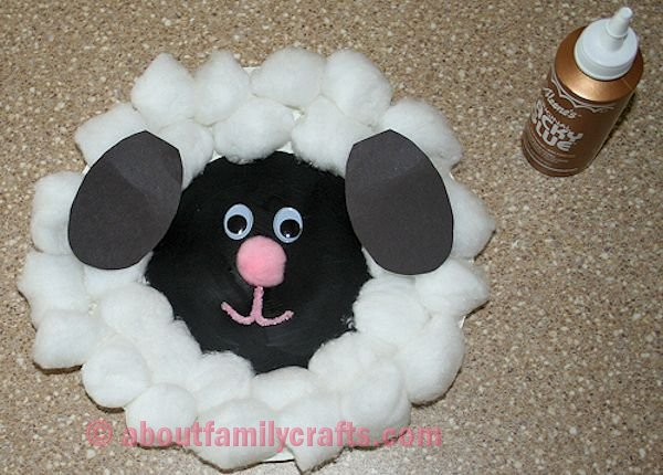 Glue Ears to Paper Plate Lamb