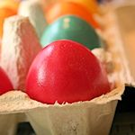 How to Use Food Coloring to Dye Your Eggs 150