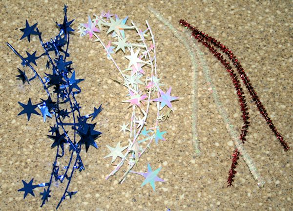 Cut the star garland and chenille stems