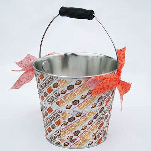Candy-Wrapper-Bucket