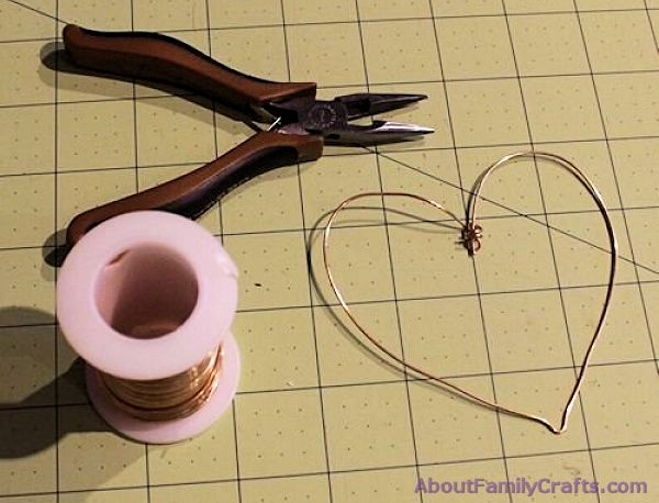 How to make a wire heart
