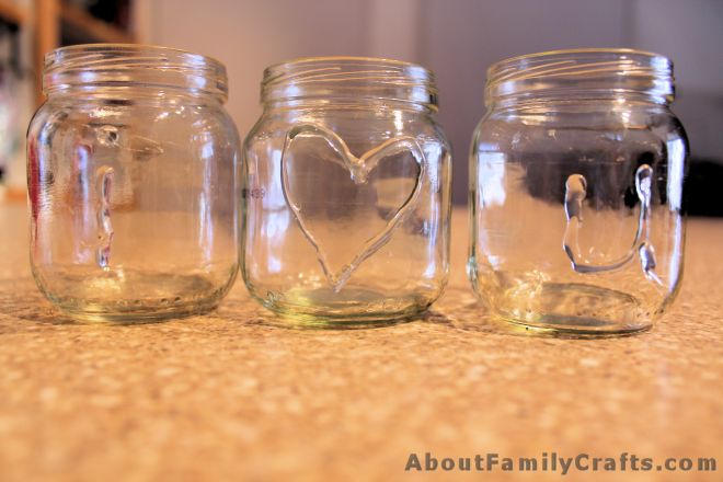 How to write I love you on baby food jars