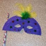 Paper Plate Mardi Gras Mask 150