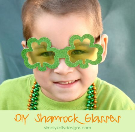 DIY Glittery Shamrock Glasses Craft