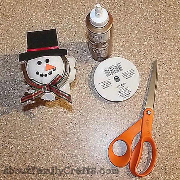 snowman candy jar add ribbons