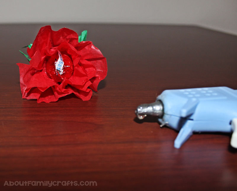 Candy Kiss Tissue Paper Rose glue kiss